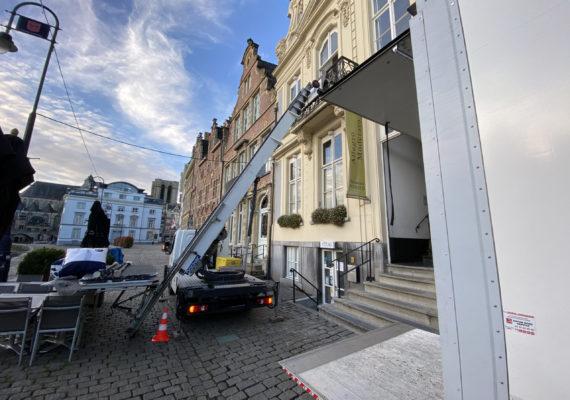 Location lift, monte meubles à Mouscron